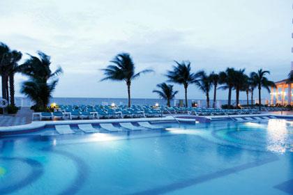 Riu Palace Paradise Island