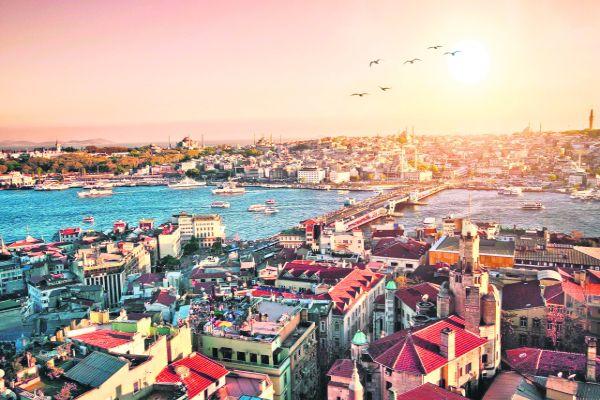 Istanbul od 335 €