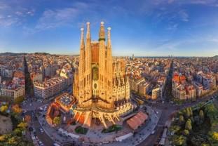 Barselona od 375 €